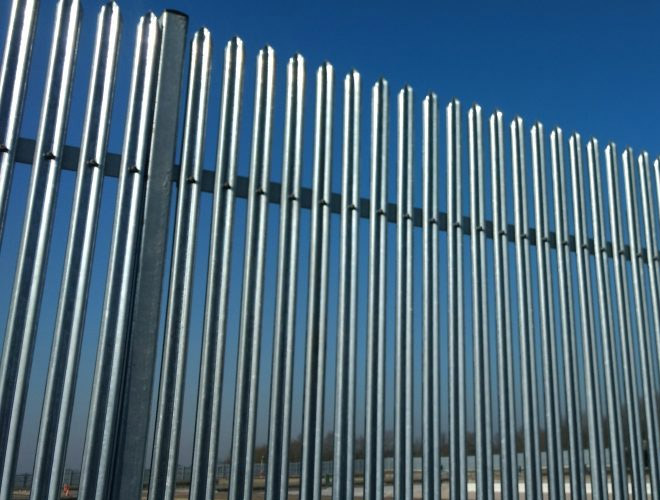 Palisade Security Fencing: Stronguard™ SR3
