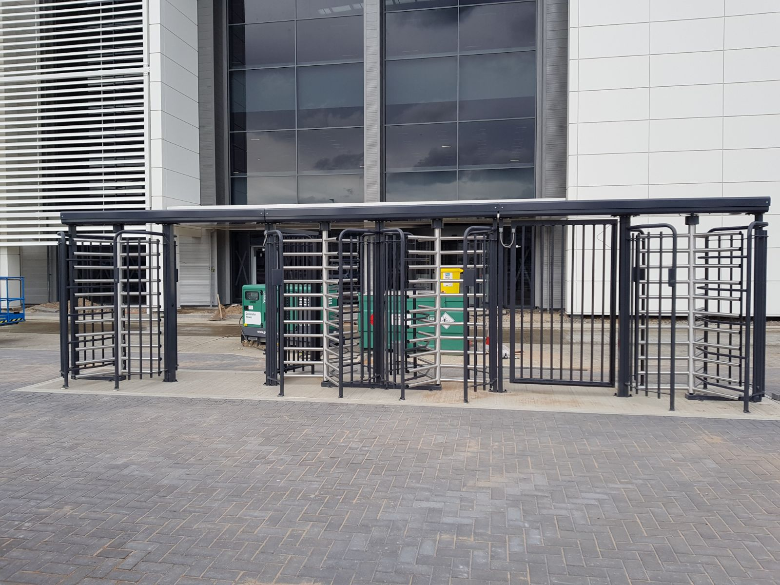 Do I Need Turnstiles With My Data Centre Security Fencing?