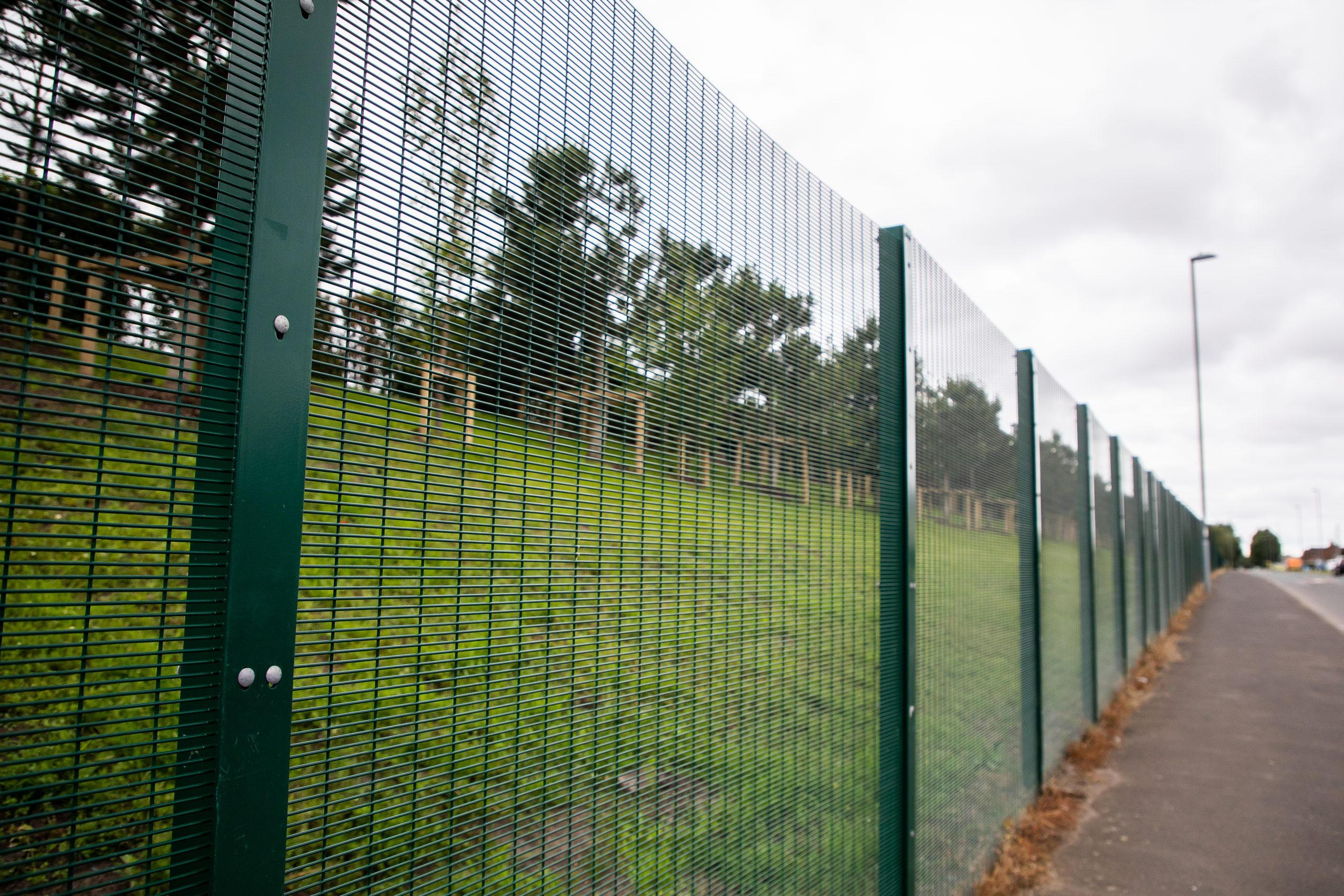 What should data centre security fences look like?